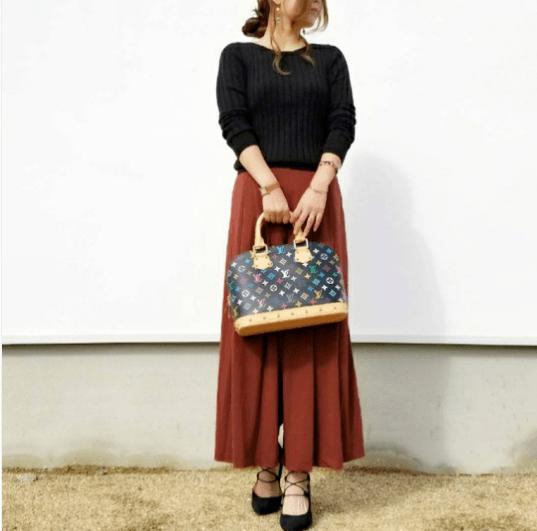 ユニクロの「ワイドリブセーター」の着まわし&ヘアスタイル5Days4