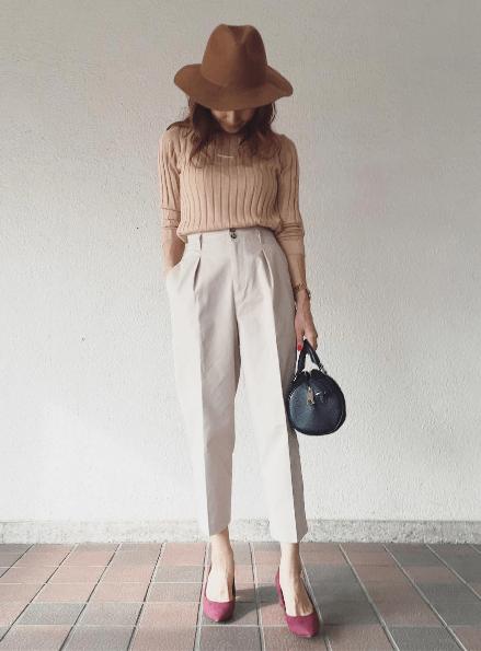 ユニクロの「ワイドリブセーター」の着まわし&ヘアスタイル5Days