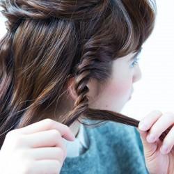 こなれたまとめ髪を作る裏ワザ、ねじり&くるりんぱ!2