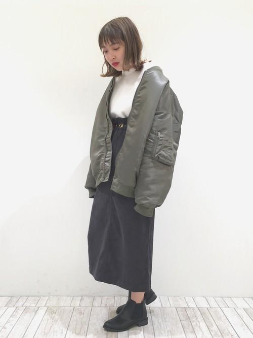 コーデユロイスカートに似合うヘアスタイル3