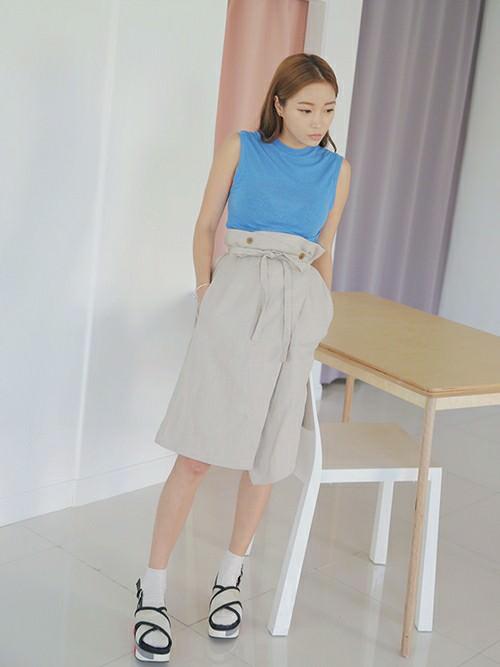 ラップスカートに似合うヘアスタイル☆TOP2