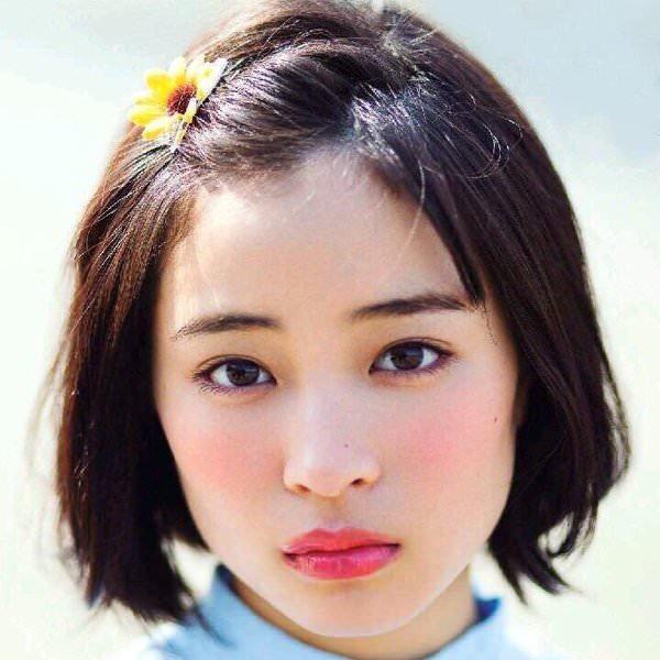 ボブからオン眉☆可愛すぎる広瀬すずのヘアスタイル3