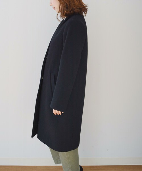 ひざ下ロングコートに似合うヘアスタイル4