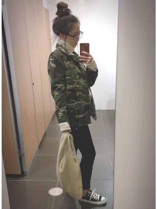 迷彩柄ジャケットに似合うヘアスタイル2
