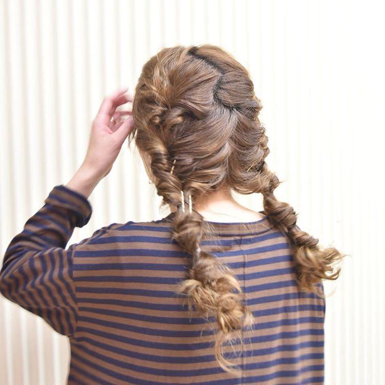 女友達とのショッピングにぴったりなヘアスタイル1-2