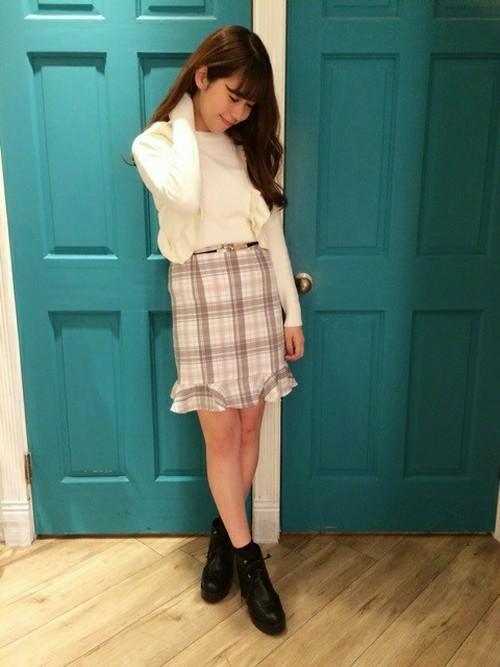 ぺプラムスカートに似合うヘアスタイル5