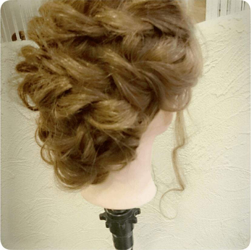 ショート~ミディアムヘアにオススメのロープ編みアレンジ