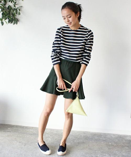 ぺプラムスカートに似合うヘアスタイル1
