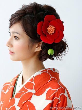 卒業シーズン!袴に似合うヘアスタイル3