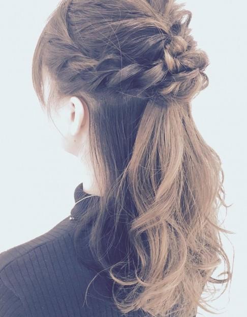ハーフアップのおすすめのヘアスタイル21選☆