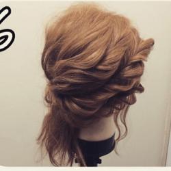 ツイストで作る☆華やかなまとめ髪6