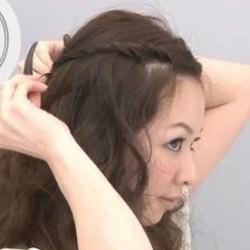 簡単!ツイスト前髪のやり方☆4