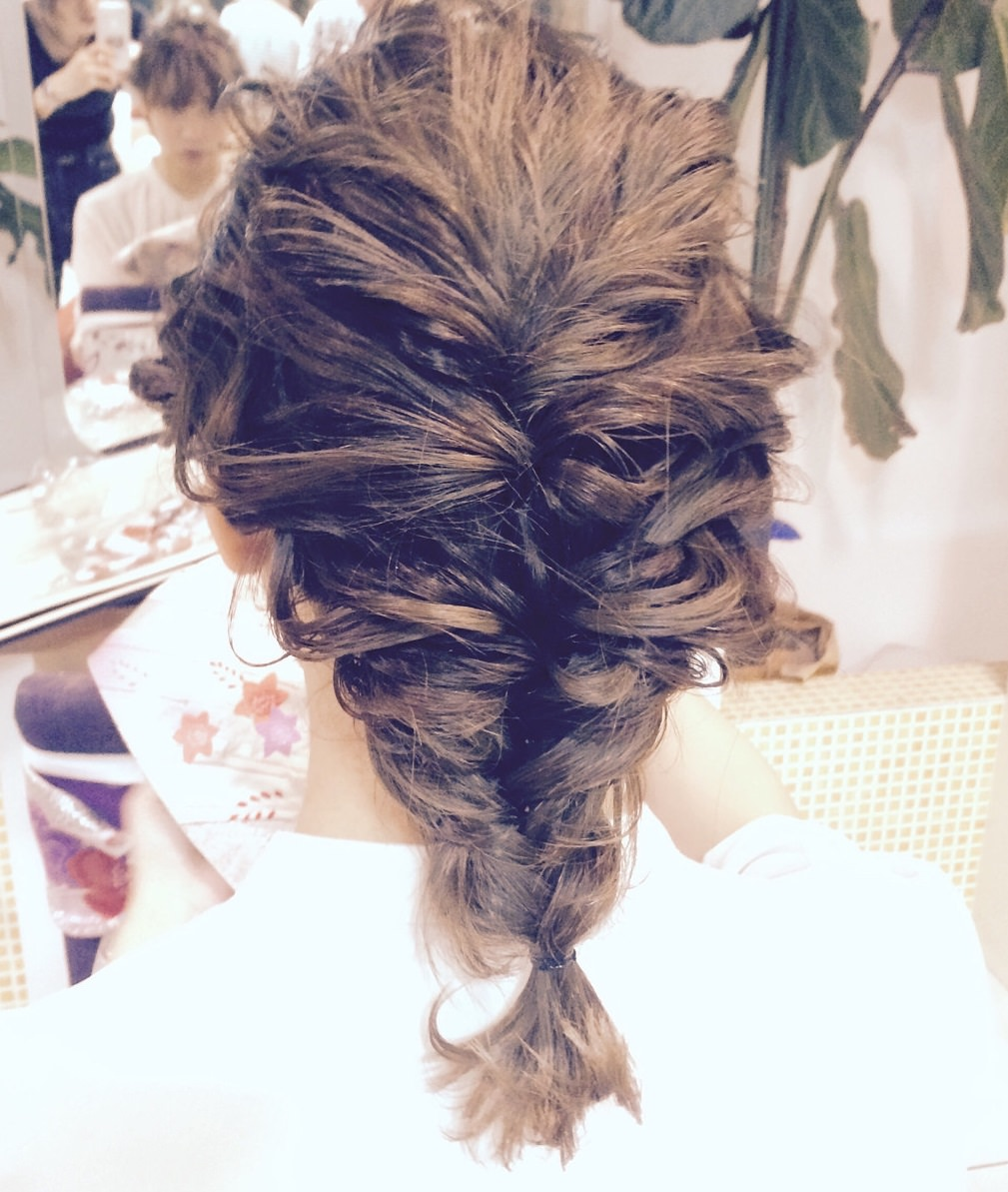 トレンドのフィッシュボーン☆おすすめのヘアスタイル21選♪TOP