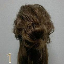 お団子×ロープ編みで作るラフなまとめ髪1