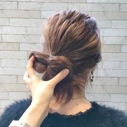 イベントに使える!自分の髪で作るリボンヘア3