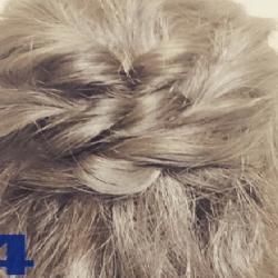 ショートヘアでも華やか♪ロープ編みヘアアレンジ4