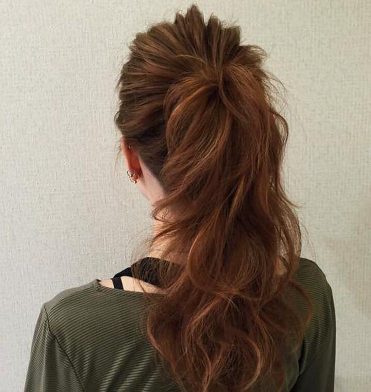 デニムシャツに似合うヘアスタイル・ヘアレシピ4