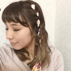 スカーフも一緒に編み込み☆まとめ髪2