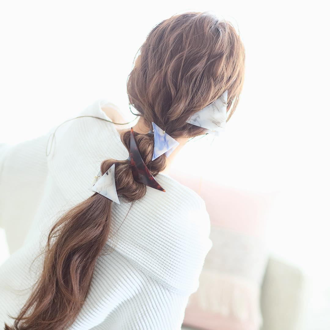 アレンジと言えばポニーテール!超簡単なポニーテールのおすすめヘアスタイル☆6