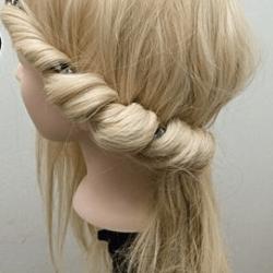 カチュームを使ったカジュアル&ルーズなアップヘア☆3