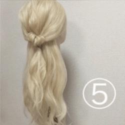 髪を紐と同じように結んで作る!簡単ハーフアップ5