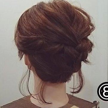 寒色系メイクに似合うヘアスタイル髪型4