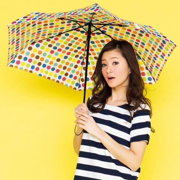 雨で湿気が多い日のためのヘアアレンジtop