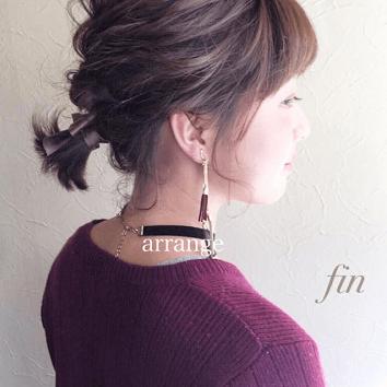 伸ばしかけの髪におすすめのヘアスタイル1