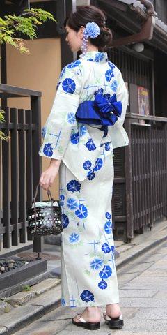 浴衣のカラー別におすすめなヘアスタイル ブルー