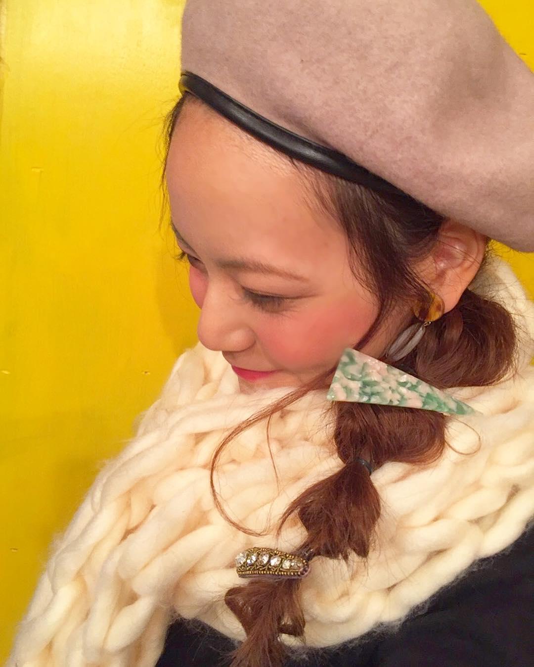 すっぴん風メイクに似合うヘアスタイル4