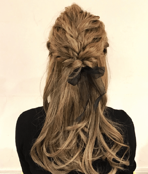 双子コーデにオススメなヘアスタイル3-3