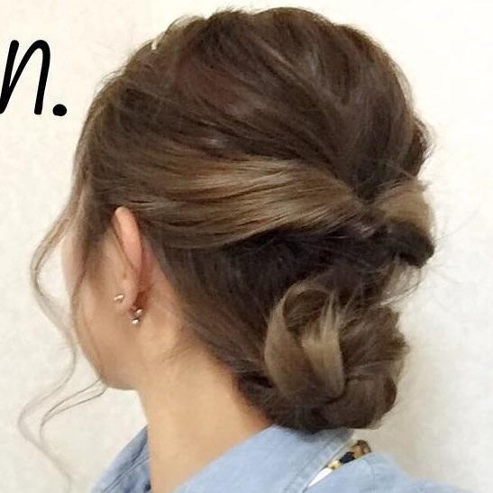 フラワーピアスに似合うヘアスタイル髪3