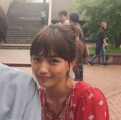 『愛してたって秘密はある』の川口春奈さんのヘアスタイル5選3