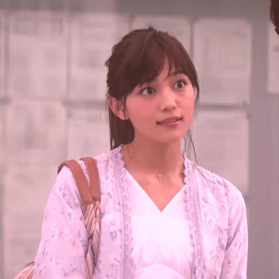 『愛してたって秘密はある』の川口春奈さんのヘアスタイル5選2