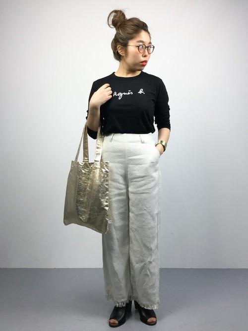 ブランドロゴTシャツに合うヘアスタイルや髪型2