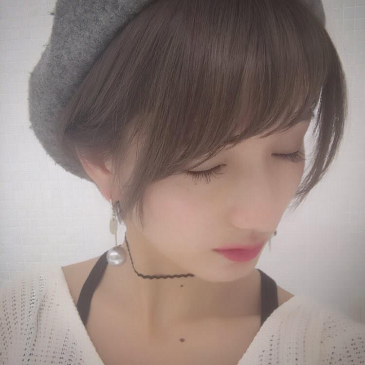 ベレー帽×まとめ髪