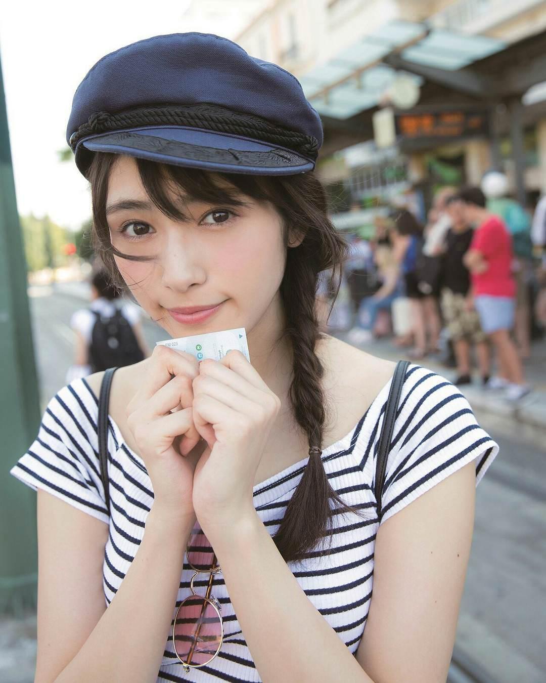 大人可愛い♡渡辺梨加さんのヘアスタイル ⑤