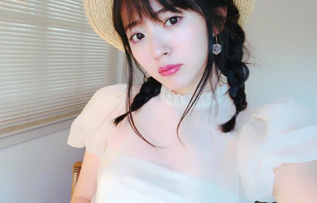 女の子らしさ漂う♡フリルトップスに似合うヘアスタイル3