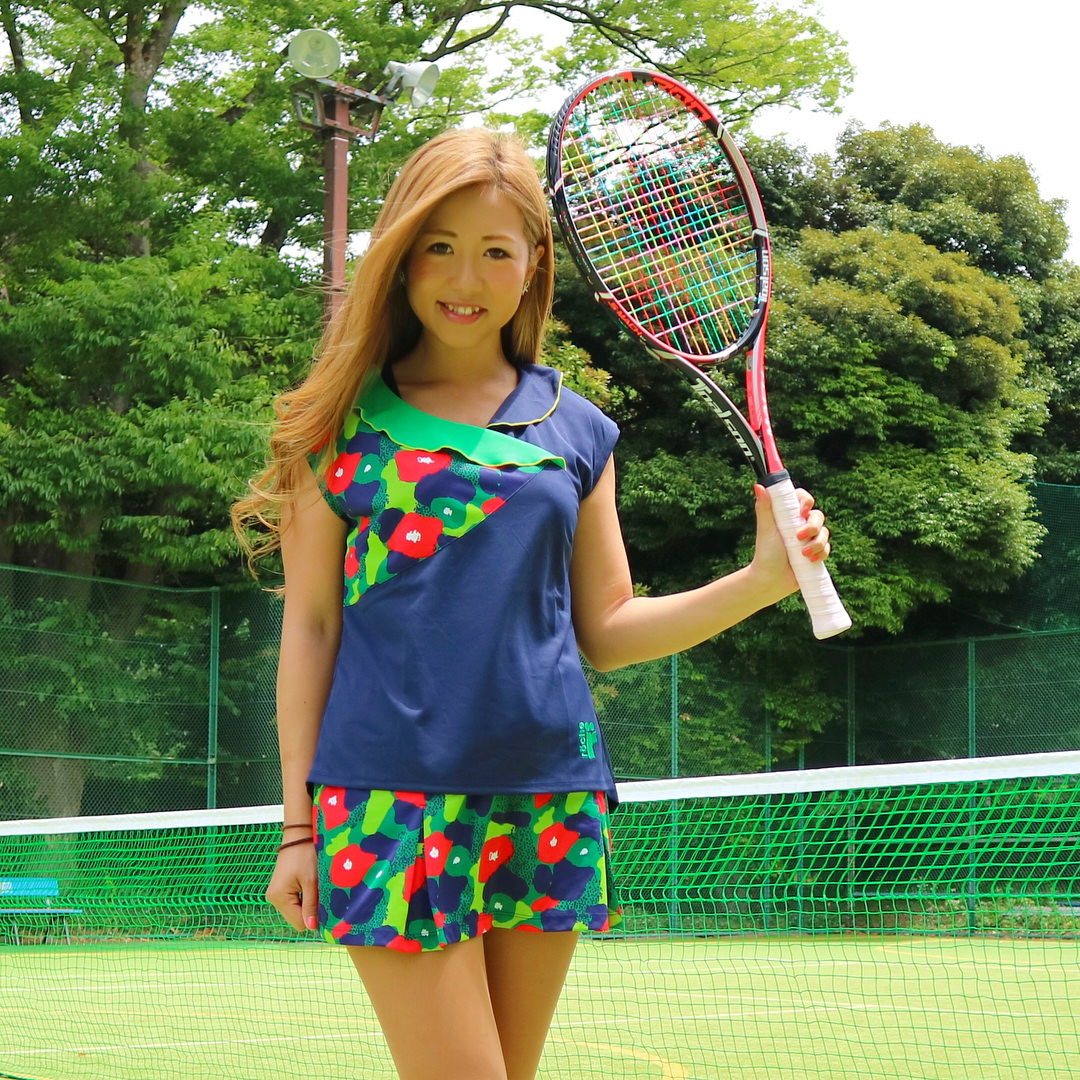 テニス×ふわふわ巻き髪