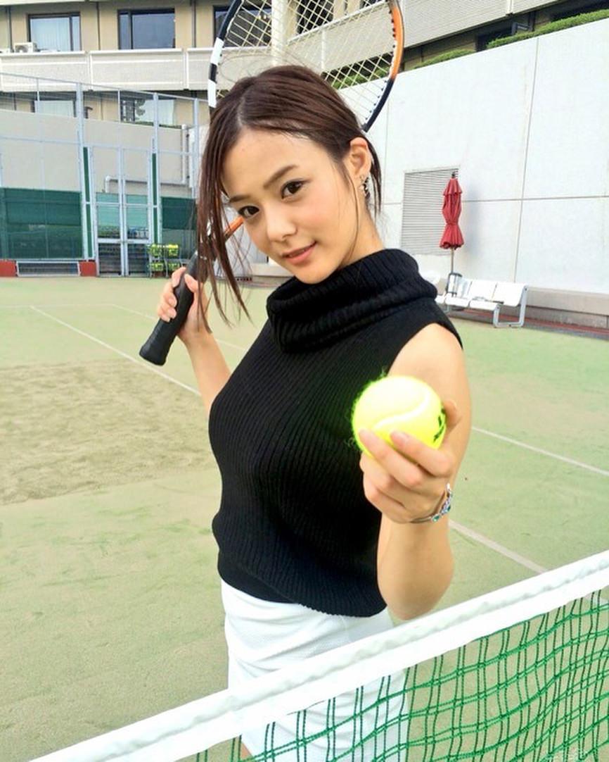 テニス×ロープ編みでつくるまとめ髪