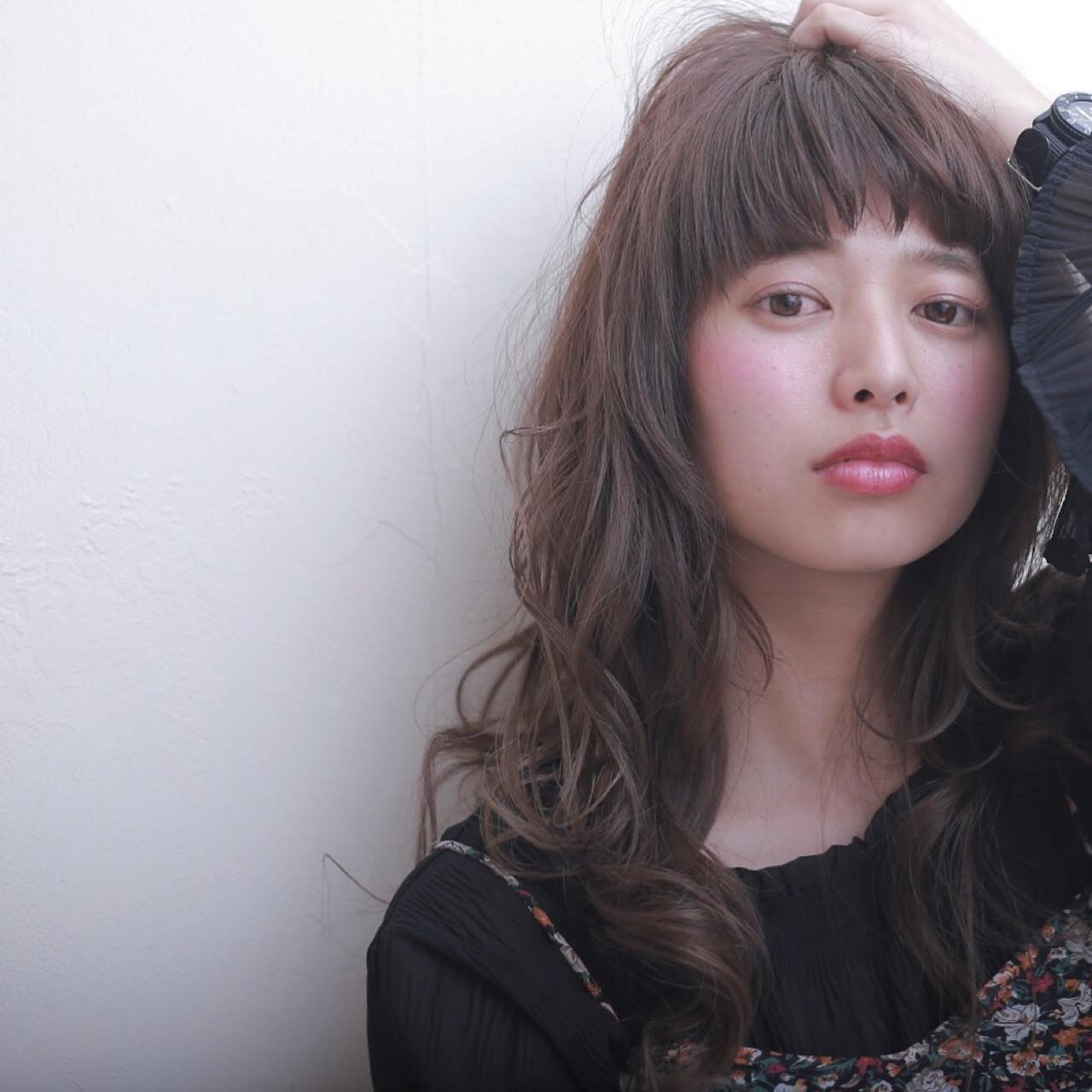 前髪ぱっつんが可愛い♡とことん似合うヘアスタイル5