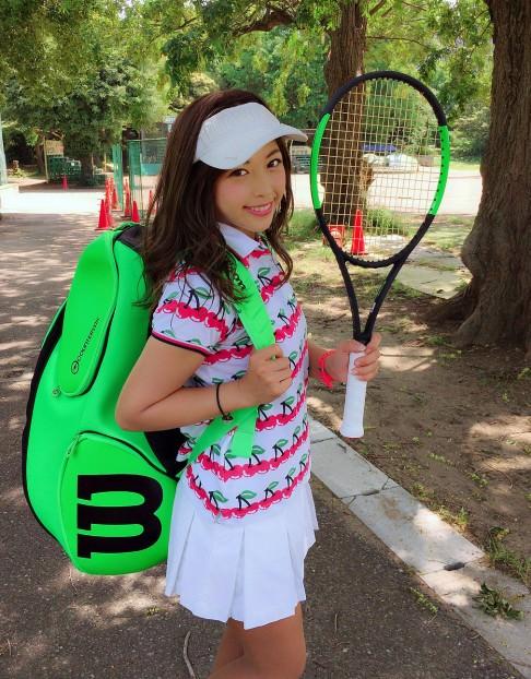 テニスをする時におすすめのヘアスタイル