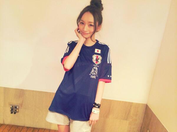 サッカー観戦にピッタリのヘアスタイル☆3