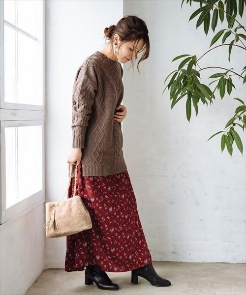 秋冬といえば!ボルドーカラーのスカートに合うヘアアレンジ1
