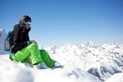 ゲレンデマジック間違いなし!スキーウェアのヘアアレンジ TOP