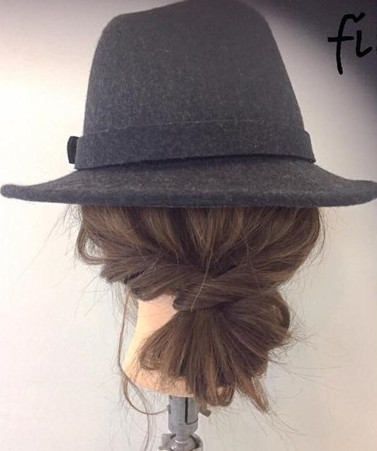 スタイルアップ!ウエストマークファッションに合うヘアスタイル5