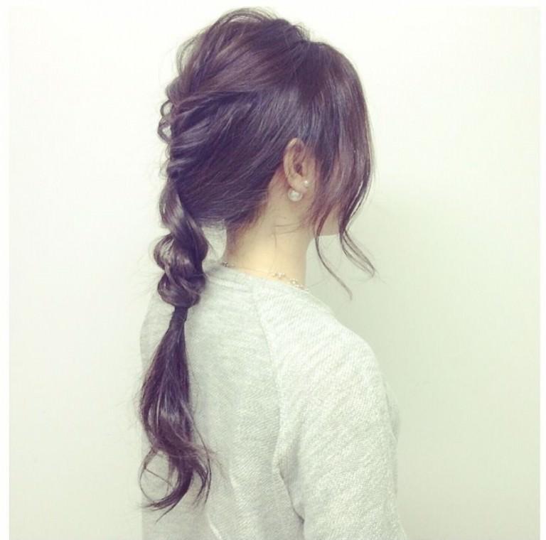 タイツのときにやりたい!色っぽいヘアアレンジ★1三つ編みローポニ