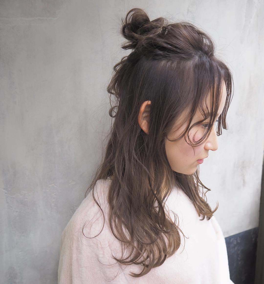 2019春トレンド長めのシースルーバングに似合うヘアアレンジ9 (2)