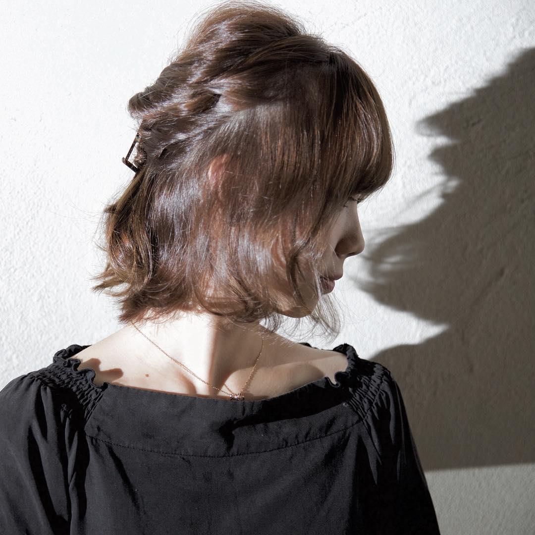 横顔美人になりたい!横顔を綺麗に見せるヘアアレンジ5