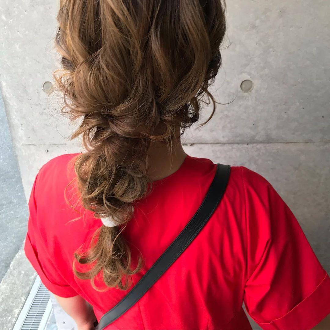 オシャレ女子の大定番☆スポーティーアイテムにぴったりのヘアアレンジ1
